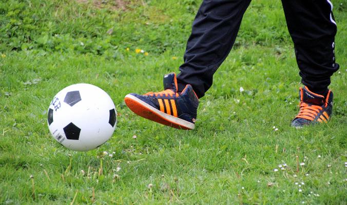 Granie w piłkę