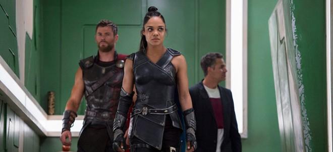 Thor: Ragnarok - Walkiria, Thor i Banner